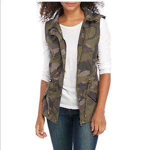 YMI collection anorak cargo vest